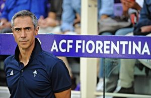 Fiorentina's head coach Paulo Sousa gestures during the Italian Serie A soccer match between ACF Fiorentina vs CFC Genoa at Artemio Franchi stadium in Florence, Italy 23 agosto 2015. ANSA/MAURIZIO DEGL INNOCENTI