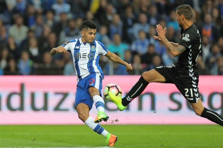 FC Porto 1-1 Vitória de Setúbal (Corona 45+1′  João Carvalho 56′) f01e520b0335