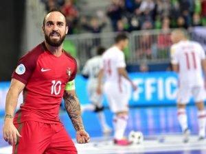 Que lugar ocupa nos melhores desportistas na história de Portugal  É raro  um atleta ser assim tão consensual e dominador numa modalidade. Ricardinho  ... b62fe7d490318