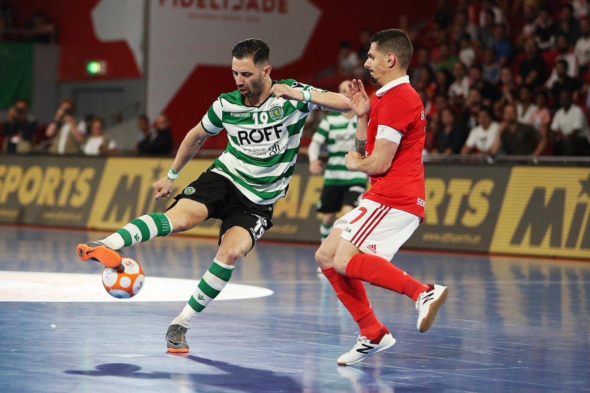 fc75254afe64a Sporting leva final de futsal para a