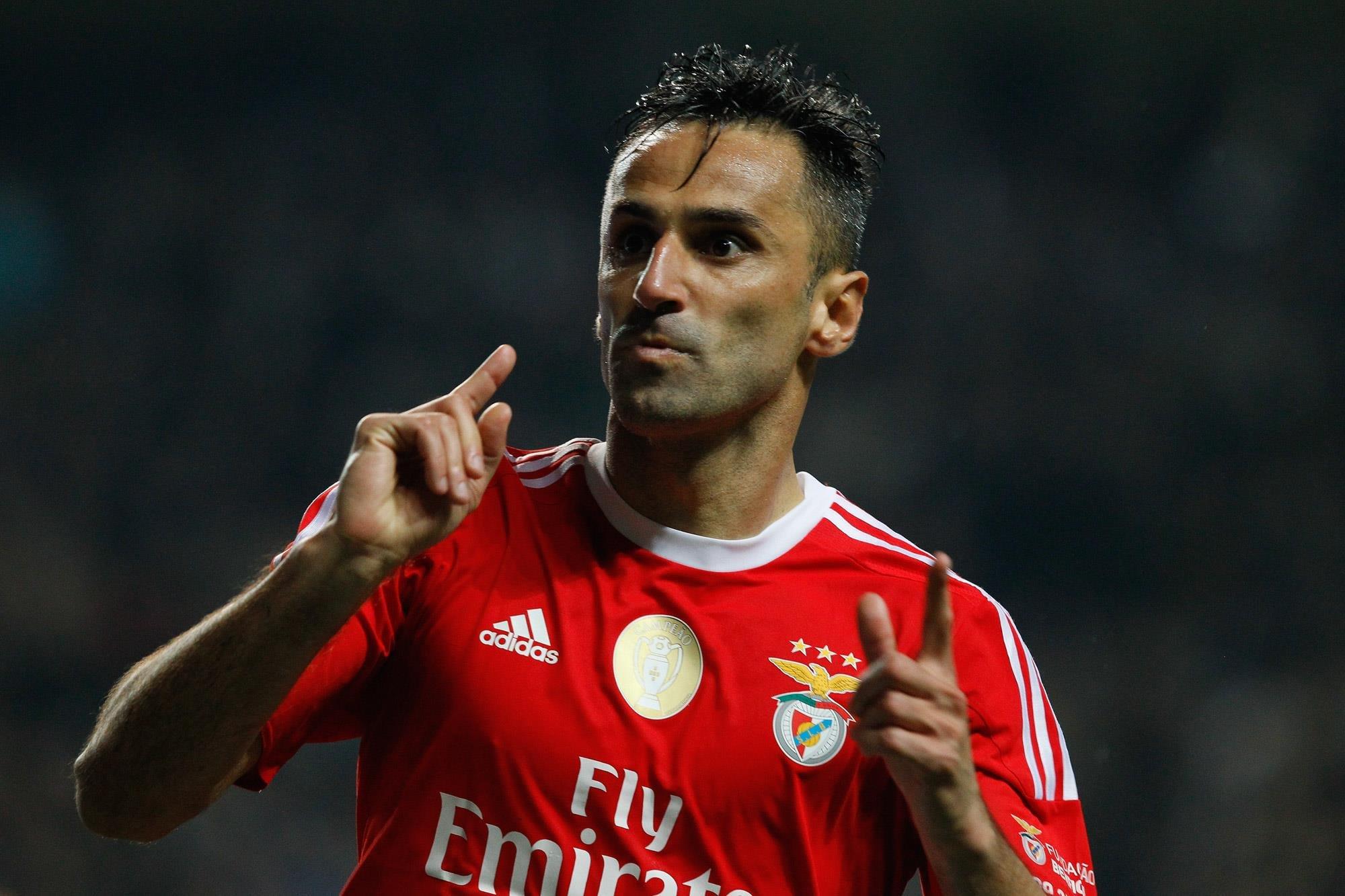 49a31b7c1cfcc Novamente pela margem mínima mas Benfica soma 5 em 5 desde que Vieira  viu  a Luz